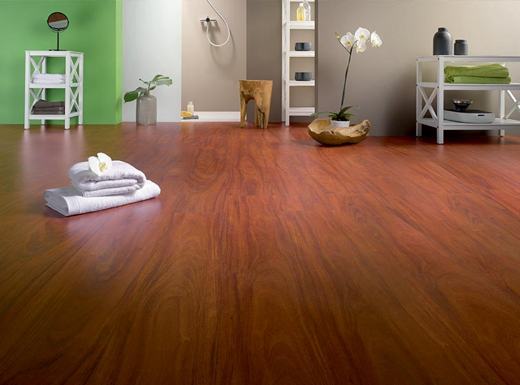 Wooden & Laminate flooring